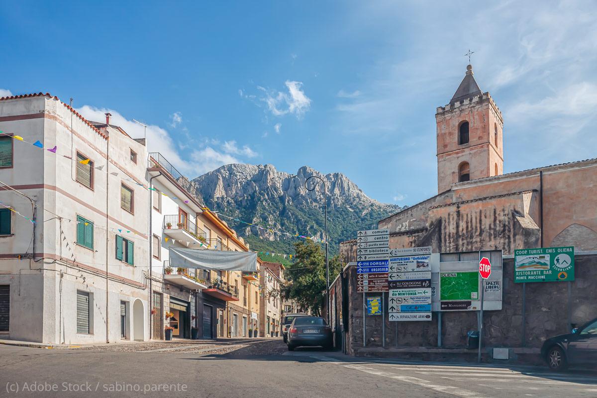Oliena-Dorf