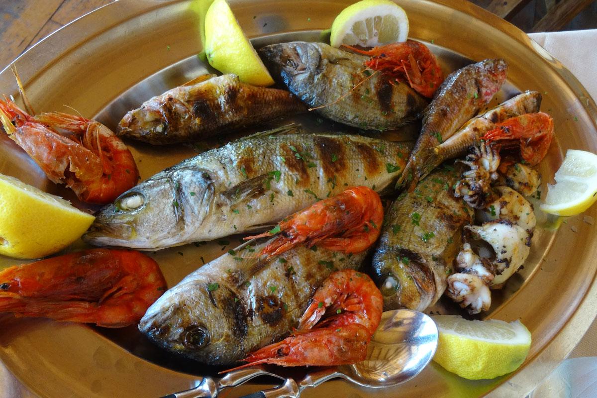Fischplatte-Sardinien