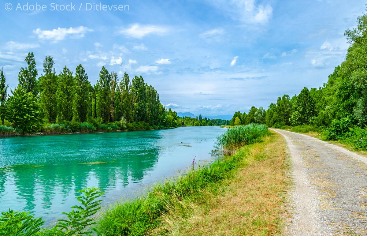 Radweg-Fluss-Mincio