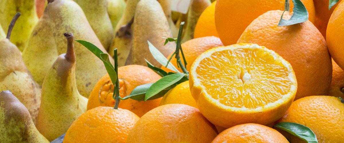 Italien-Märkte-Orangen