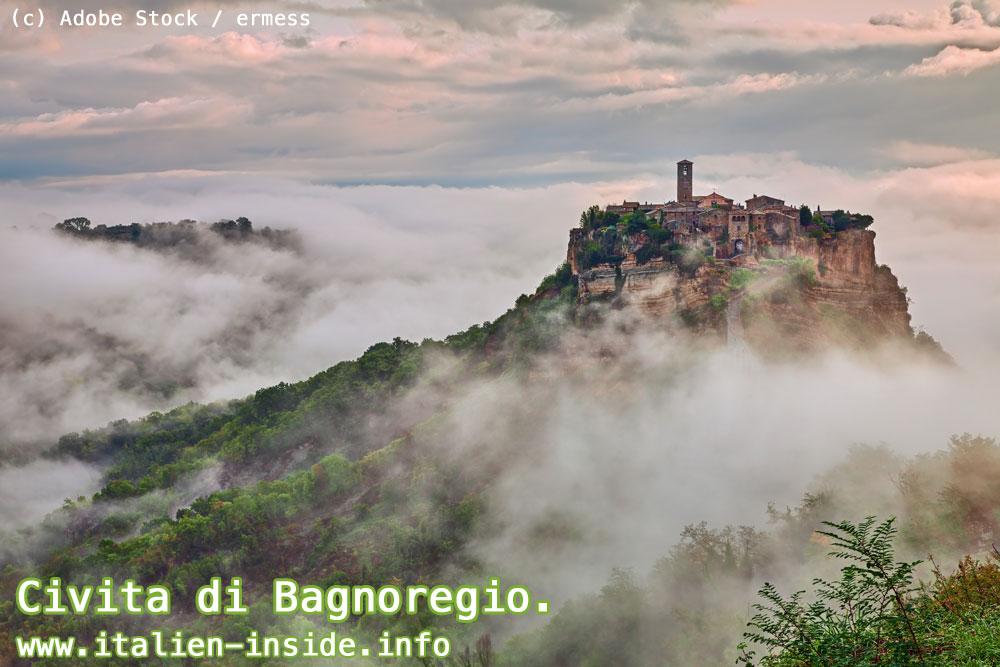 Bagnoregio-in-Wolken