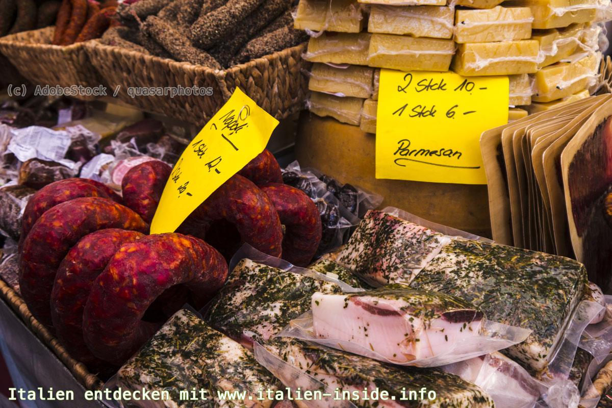 Märkte-Gardasee-Wurst-Käse
