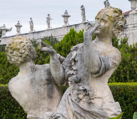 Palladinische-Villen-Statuen