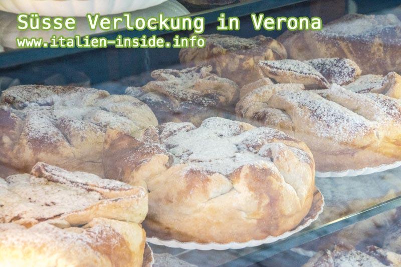 Kuchen-im-Schaufenster-in-Verona