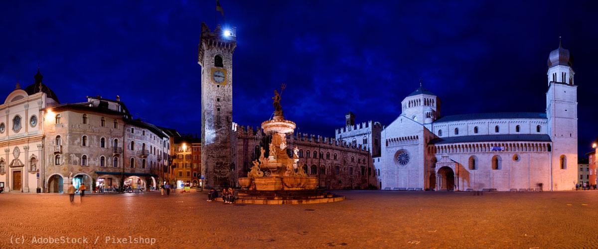 Trient-Piazza-del-Duomo