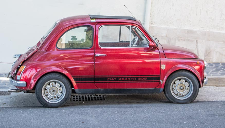 kleines-rotes-auto