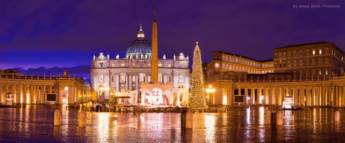 Italien-Weihnachten-Rom-Petersdom